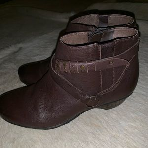 Abeo Nancy ankle boots from the Walking Company